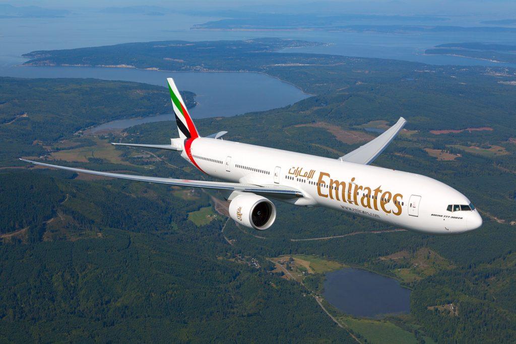 ke dubai naik emirates